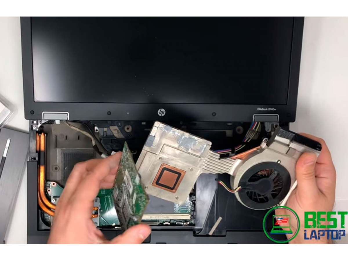 Заменить видеокарту в ноутбуке проще простого.